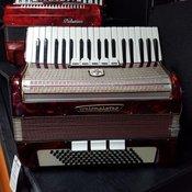 WELTMEISTER klavirska harmonika