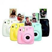 FUJIFILM polaroid MINI INSTAX 8 + 10KOM FOTO PAPIRA